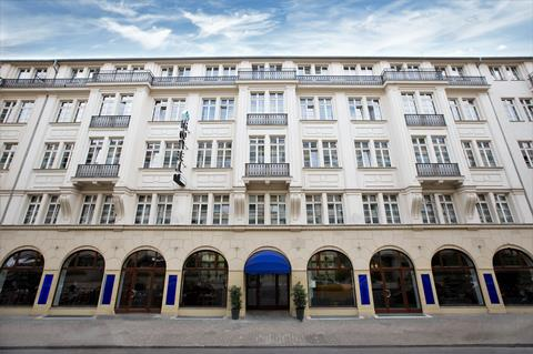 Select Hotel Checkpoint Charlie